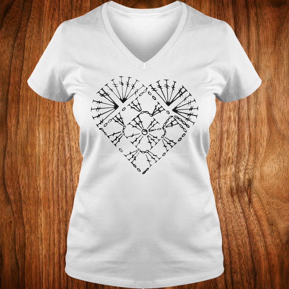 Nice Crochet heart chart shirt Ladies V-Neck