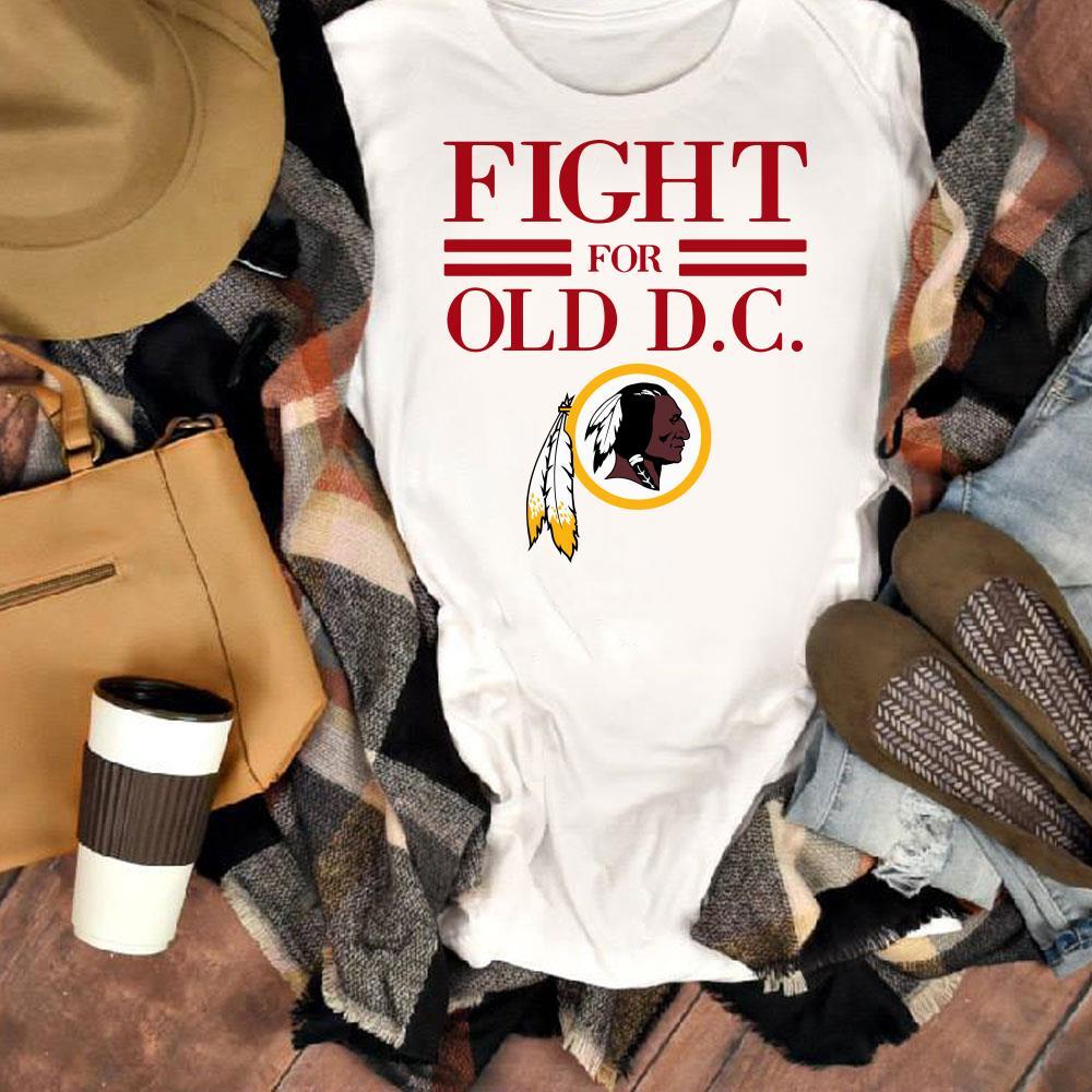 Hot Washington Redskins fight for old DC shirt