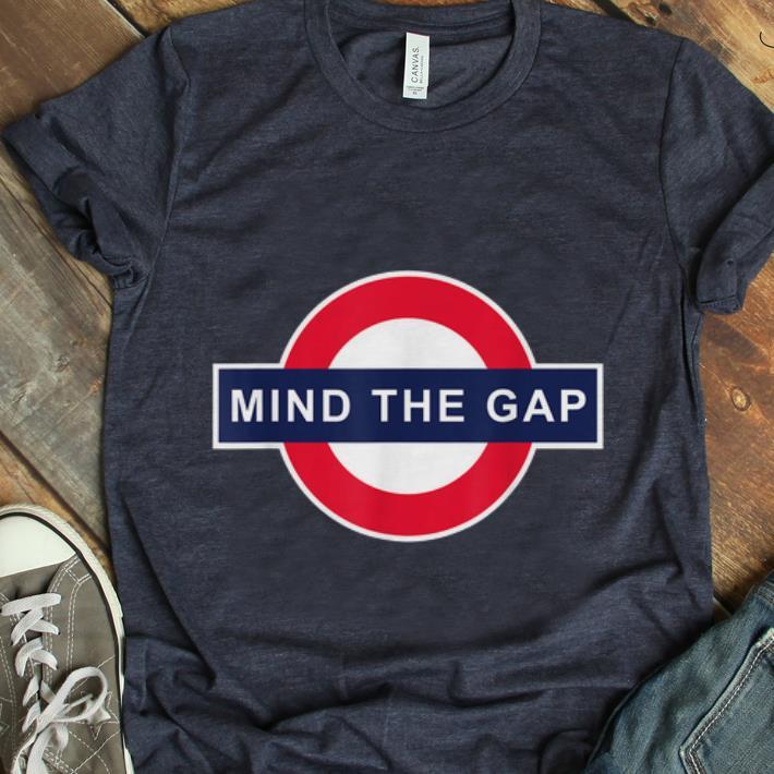 Premium Mind The Gap Logo shirt
