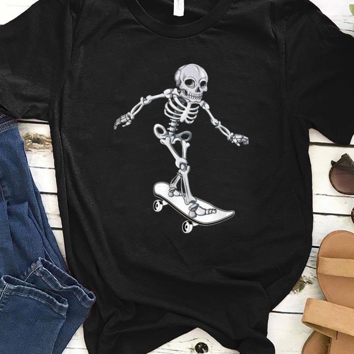 Hot Skeleton Skateboarding Skateboarder Halloween shirt