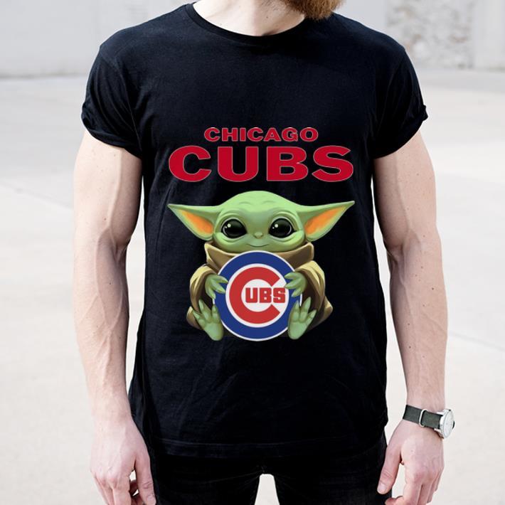 Great Baby Yoda Hug Chicago CUBS MLB shirt