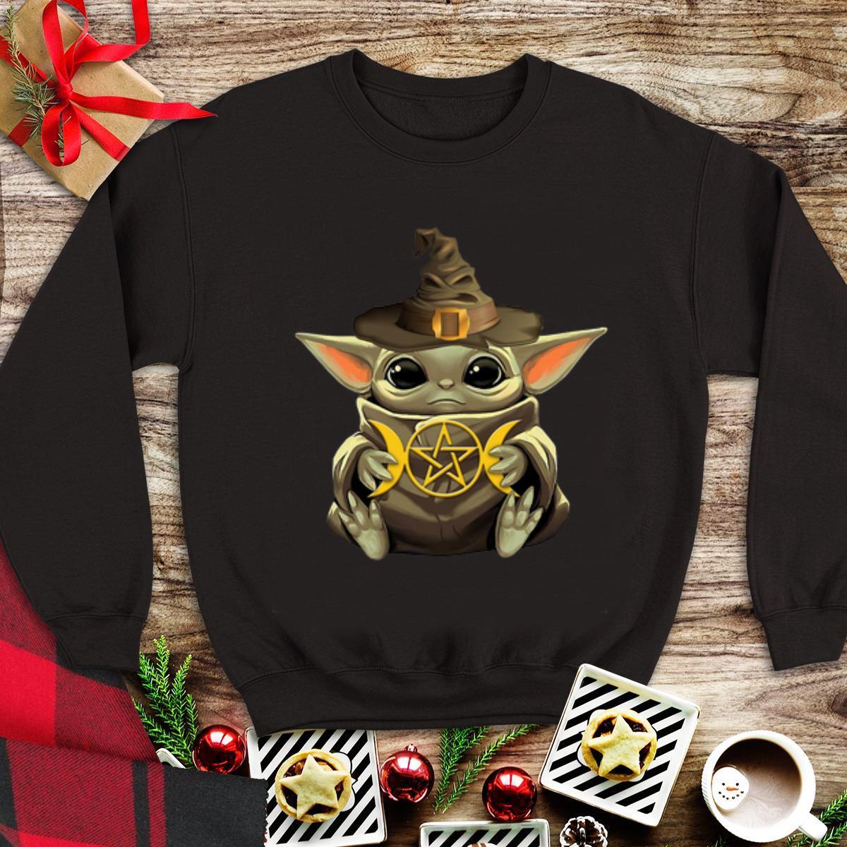 Awesome Baby Yoda Hug Harry Potter Shirt 1 1.jpg
