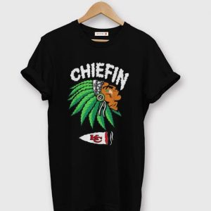 Awesome Kansas City Chiefs Chiefin Indians Weed Smoking shirt