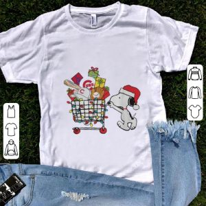 Original Chicago Cubs Snoopy Pushing cart full of Christmas gifts shirt