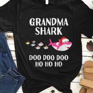 Pretty Christmas Grandma Shark Gift Matching Xmas Grandchildren sweater