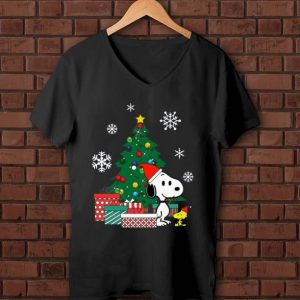 Pretty Snoopy and Woodstock around the Christmas tree shirt