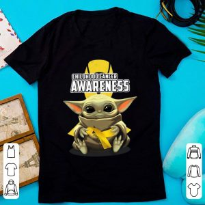 Awesome Baby Yoda Hug Childhood Cancer Awareness shirt