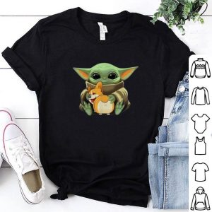 Star Wars Baby Yoda hug Corgi Dog Mandalorian shirt