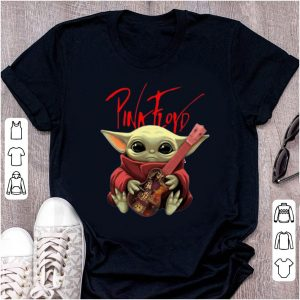 Top Baby Yoda Hug Pink Floyd Guitar shirt