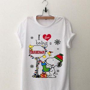 I Love Being A Grandma Christmas Snoopy shirt