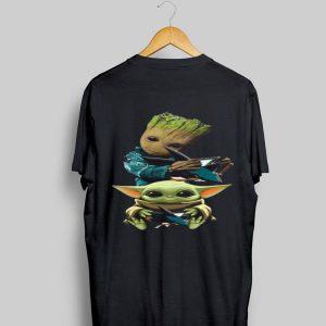 Baby Yoda and Baby Groot hug San Jose Sharks shirt