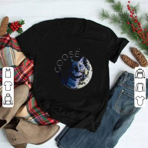 Flerken Goose in the moon shirt
