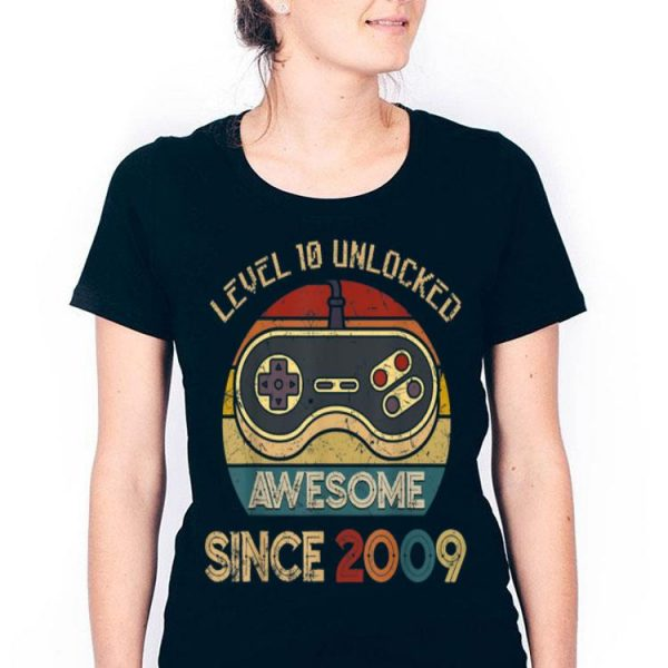 Level 10 Unlocked Legendary Awesome Since 2009 Game Player shirt