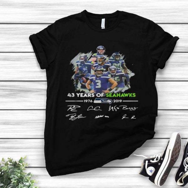 43 Years Of Seattle Seahawks 1976-2019 Signatures shirt