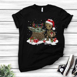 Baby Yoda And Groot Santa Christmas shirt