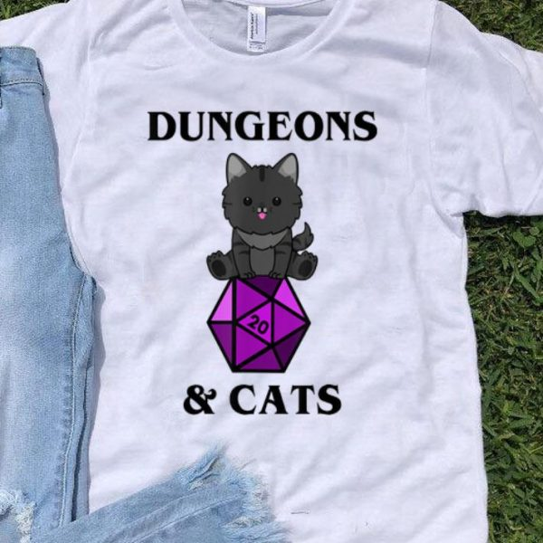 Dungeons And Cats Nerdy RPG Dragon D20 Dice Gamer.png