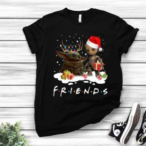 Santa Baby Yoda And Baby Groot Friends Merry Christmas shirt