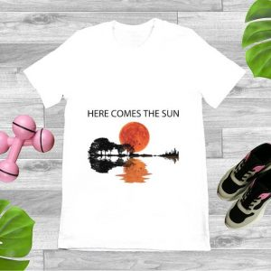 Official Here Comes The Sun Guitar Lake shirt