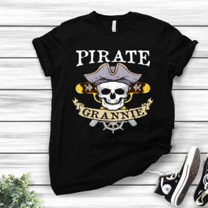 Pirate Grannie Halloween Matching Family Costume shirt