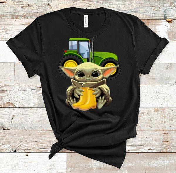 Awesome Star Wars Baby Yoda Hug Farmer shirt