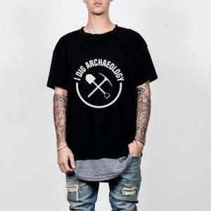 I Dig Archaeology Pun shirt