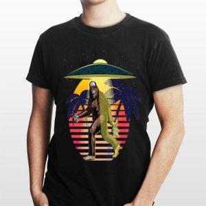 Bigfoot Sasquatch UFO Vintage shirt