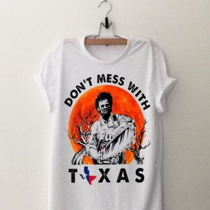 Leatherface Don't Mess With Vintage Texas Halloween Sunset shirt