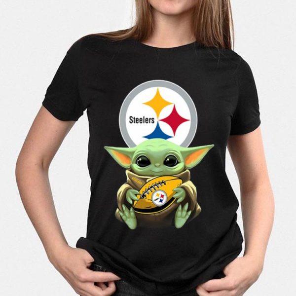 Star Wars Baby Yoda Hug Pittsburgh Steelers shirt