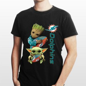 Baby Groot And Baby Yoda Hug Miami Dolphins shirt