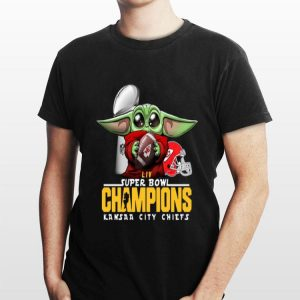 LIVE Super Bowl Champions Baby Yoda Hug Kansas City Chiefs shirt
