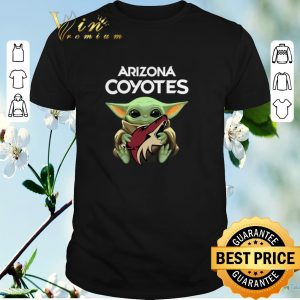 Official Baby Yoda hug Arizona Coyotes Star Wars Mandalorian shirt sweater