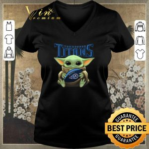 Original Baby Yoda hug Tennessee Titans Star Wars Mandalorian shirt sweater