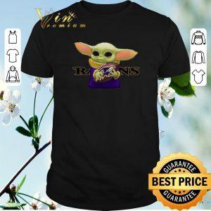 Top Baby Yoda hug Baltimore Ravens shirt sweater