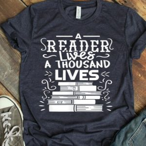 Reader Reading Books Bookworm Gift shirt