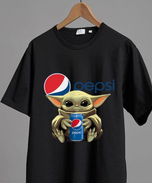 Premium Star Wars Baby Yoda Hug Pepsi shirt
