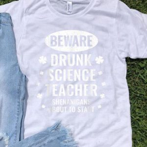 Nice St. Patricks Day Science Teacher Distressed shirt
