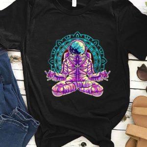 Awesome Astronaut Yoga Lotus Pose Meditation shirt
