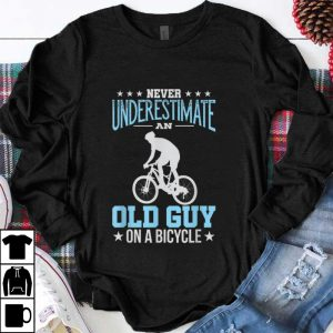 Hot Never Underestimate An Old Guy On A Bicycle shirt