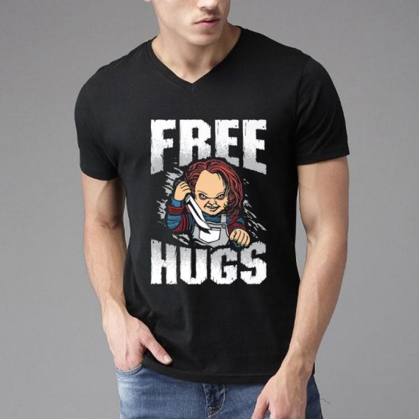 Free Hugs Chucky Halloween shirt