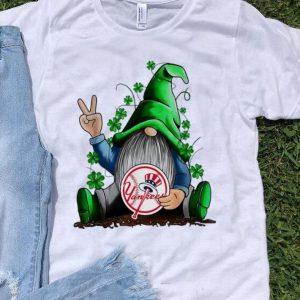 Gnomes Hug New York Yankees Baseball Shamrock shirt