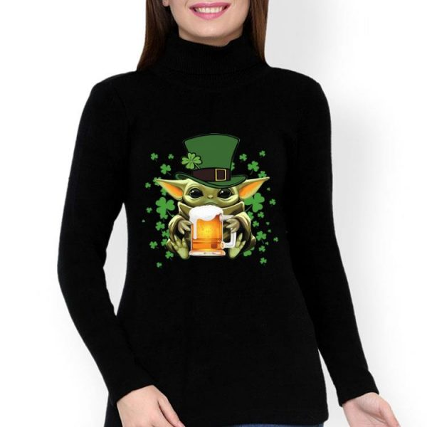 Star Wars Baby Yoda Hug Beer Shamrock St. Patrick's Day shirt