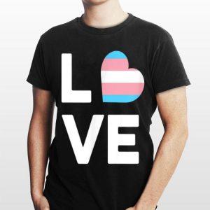 Transgender Pride Flag Heart Love Queer LGBT Trans Pride Tee shirt