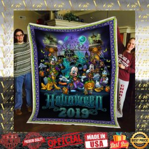 Mickey Mouse and Friends Halloween 2019 quilt blanket