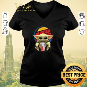 Awesome Baby Yoda Hug Burger King Star Wars shirt sweater 1