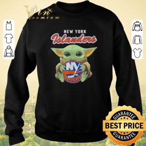 Awesome Star Wars Baby Yoda hug New York Islanders shirt sweater 2