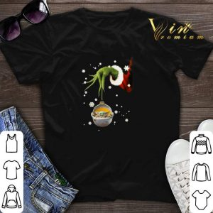 Grinch hand holding Baby Yoda Star Wars Christmas shirt sweater