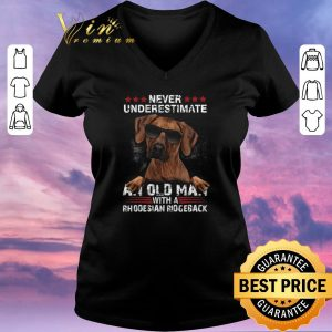 Nice Never underestimate an old man with a Rhodesian Ridgeback dog shirt sweater 1