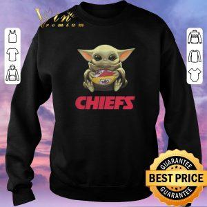 Hot Baby Yoda hug Kansas City Chiefs Logo ball Star Wars shirt sweater 2