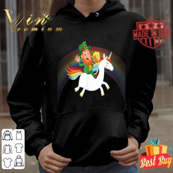 Leprechaun Riding a Unicorn rainbow St Patricks Day Tshirt
