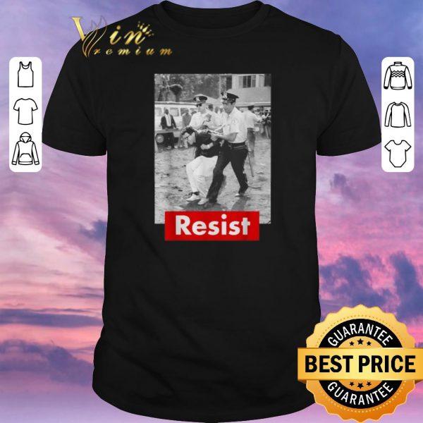 Official Bernie Sanders Getting Arrested Resist 2020 shirt sweater